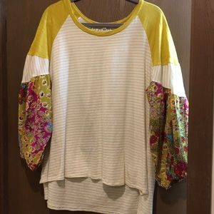 Unger balloon sleeve high-low top